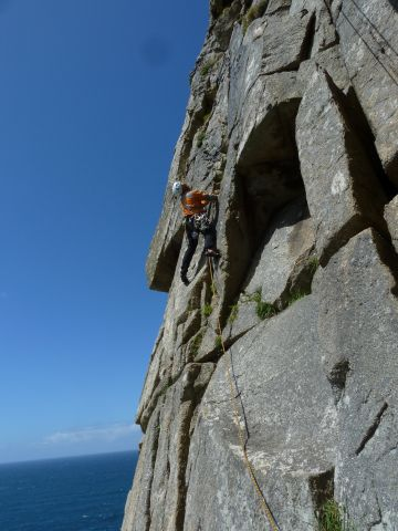 TRAD CLIMB IN CORNWALL